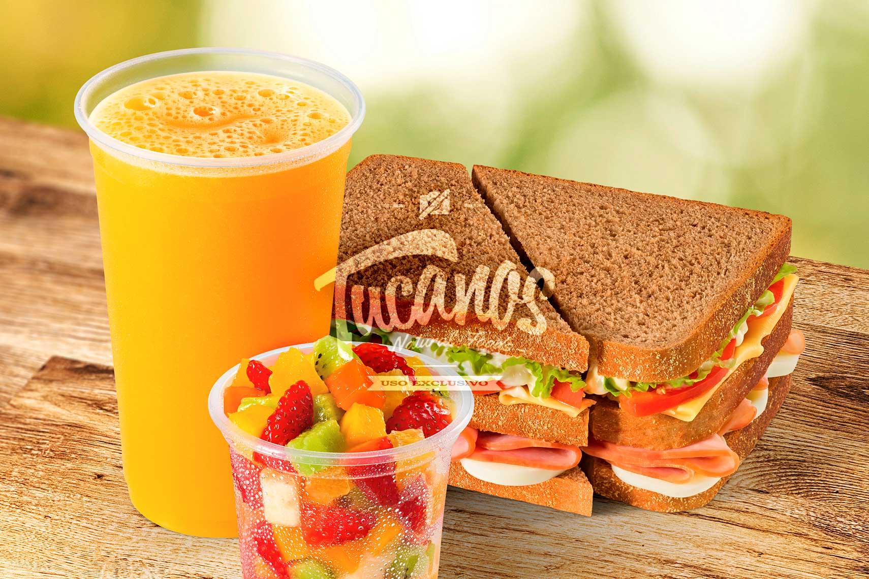 Fotógrafo de Alimentos: Combo Sanduíche + Suco + Salada de Fruta